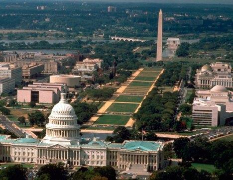 nasional-moll-dengan-panorama-obelisk