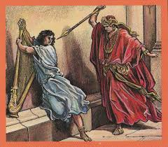 Daud dikejar tombak raja Saul