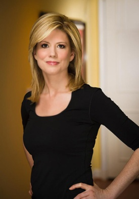 Kirsten Powers berdiri