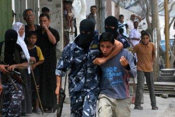 Hamas memaksa orang-orang Gaza tinggal di rumah sebagai perisai manusia
