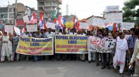 Demo batalkan Hukum-hukum Penghujatan Agama Islam di Pakistan