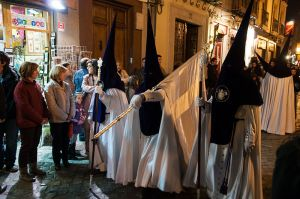 Prosesi Santa Semana (seminggu sebelum Easter) di Spanyol