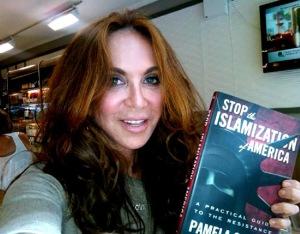Pamela Geller dengan bukunya Stop Islamization of America